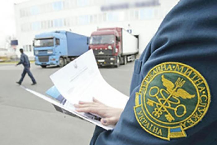 Прикарпатські митники виявили порушень митних правил на суму понад 750 тисяч гривень