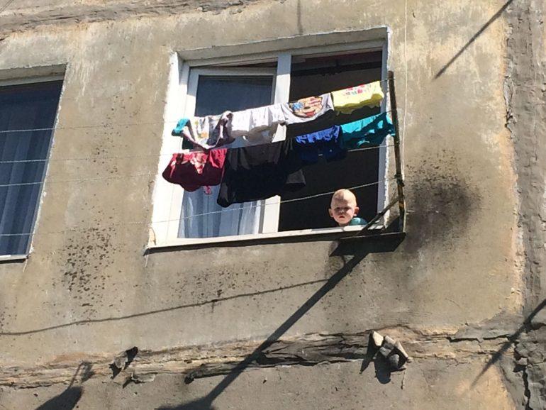 """Результат пошуку зображень за запитом """"В Бурштині хлопчик ледь не випав з вікна"""""""